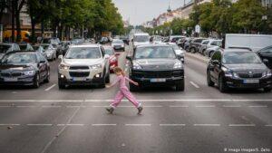 Безпека і комфорт: у Німеччині вперше ухвалили закон про пішоходів