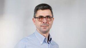 Коментар: Зеленський провалив вакцинацію в Україні