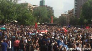 Экс-президент Армении Кочарян создал блок для участия в парламентских выборах