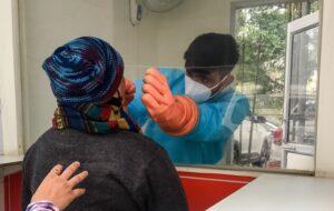 На фоне критической ситуации с COVID-19 в Индии распространяется еще одна болезнь — BBC