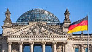 Поддержка правящего блока ХДС/ХСС в Германии упала до исторического минимума