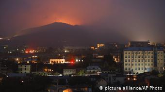 Зарево ночных боев в Карабахе, ноябрь 2020 года (фото из архива)