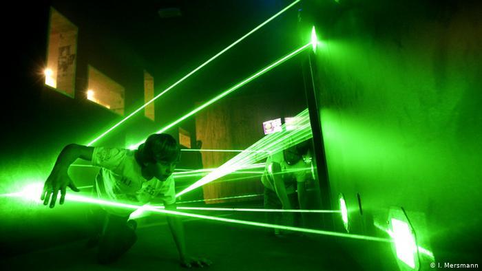 Лазерный тоннель