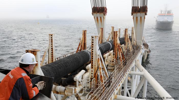 Укладка труб газопровода Северный поток-2