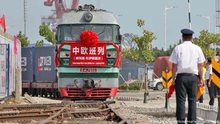 China Frachtzug von Weihai nach Duisburg (picture-alliance/dpa/Imaginechina/Tang Ke)