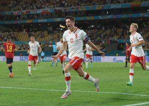 Левандовски принес Польше ничью в матче против Испании