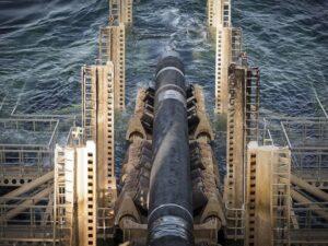 """В Германии заявили, что Украина должна оставаться транзитером газа и после завершения """"Северного потока-2"""""""