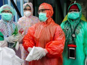 В Индонезии ускоряют вакцинацию через новый всплеск коронавируса