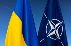 Зеленский обсудил с Байденом необходимость пошагового плана для присоединения Украины к НАТО