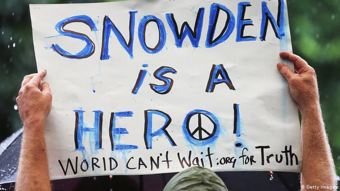 Фотогалерея Эдвард Сноуден: герой или предатель?
