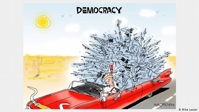Карикатура Майка Лестера. Мужчина едет в красном кабриолете. С разных сторон ему говорят, куда ехать.