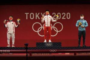 МОК ослабил правила ношения масок для медалистов Олимпиады 2020