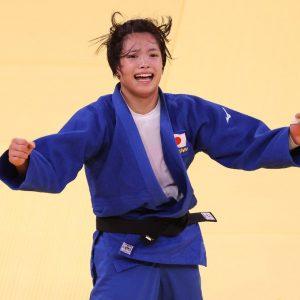 """С разницей в час: в Токио брат и сестра выиграли по """"золоту"""" Олимпиады"""