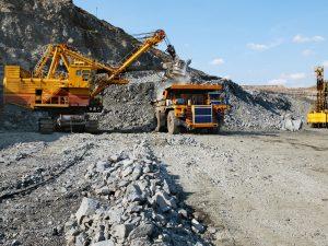 Зеленский ввел в действие решение СНБО о контроле государства за полезными ископаемыми
