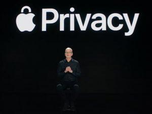 Apple обнаружила уязвимость, которая давала контроль над большинством устройств компании