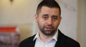 """Арахамия назвал Денисову """"уполномоченным по правам олигархов"""" и сравнил журналиста CNN с """"бабой Валей с почты"""""""