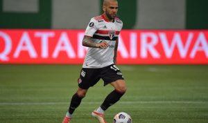 Дани Алвес больше не будет выступать за Сан-Паулу – у клуба огромный долг перед игроком