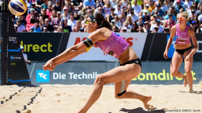 Кира Валькенхорст, пляжная волейболистка