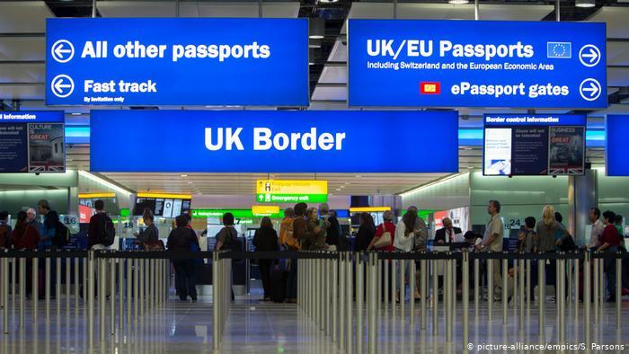 Пограничный контроль в британском аэропорту Хитроу