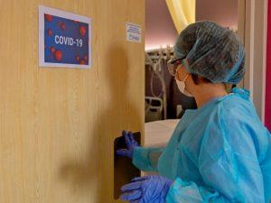 В Киеве за прошедшие сутки более 420 больных COVID-19. Два человека умерли