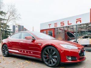 Капитализация компании Tesla Inc превысила $1 трлн