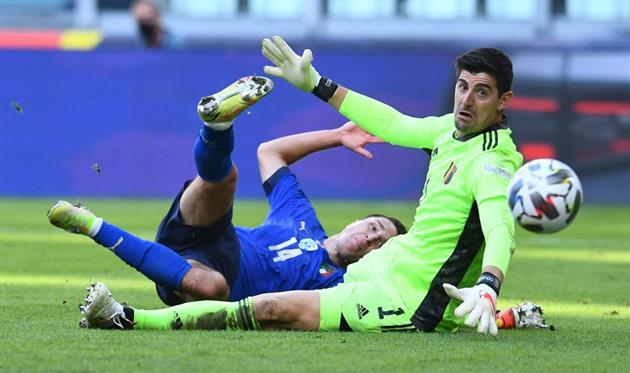 Тибо Куртуа в матче с Италией, Getty Images