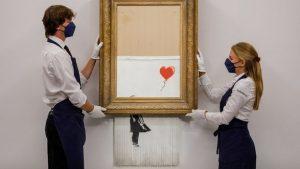 """""""Любовь в мусорном ведре"""" художника Бэнкси продана за рекордные 25 млн долларов"""