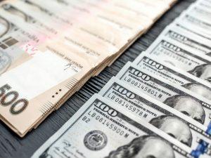НБУ установил курс гривны на уровне 26,35 грн/$