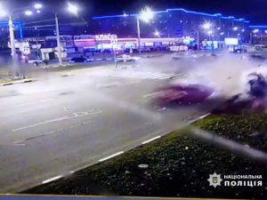 В Харькове на бешеной скорости столкнулись два автомобиля: один человек погиб еще трое пострадали